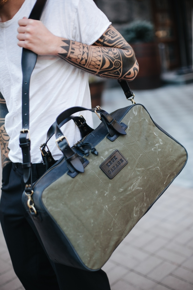 Leather and Canvas Weekender Bag 3.020